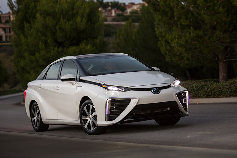 2016 - 2017 Toyota Mirai Fuel Cell Sedan