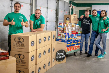Lexel Moving workers deliver to food pantry.