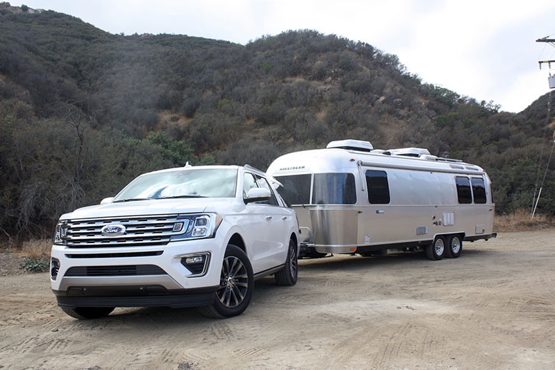 Expedition Towing Capacity >> Review 2018 Ford Expedition Shines With New 10 Speed