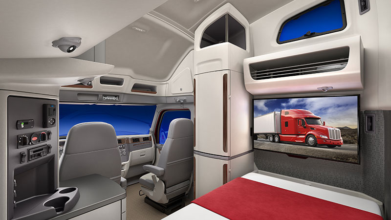 Peterbilt Unveils New Model 579 Ultraloft Sleeper Truck