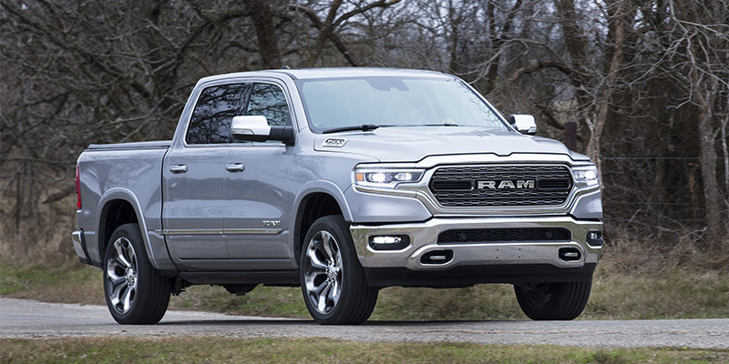New Ram Truck >> Two Ram 1500 Trucks Are At Dealers How To Tell Old From New