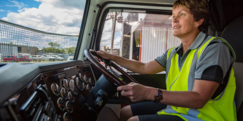 Truck Driver Shortage Persists, Even After a Year of Wage Gains