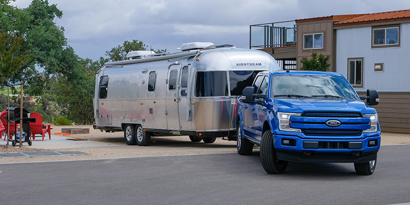 Ford Truck Towing Capacity >> Why Towing A Giant Airstream Trailer Is 1 Big Math Problem