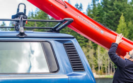 Yakima ShowBoat 66 kayak roof fack